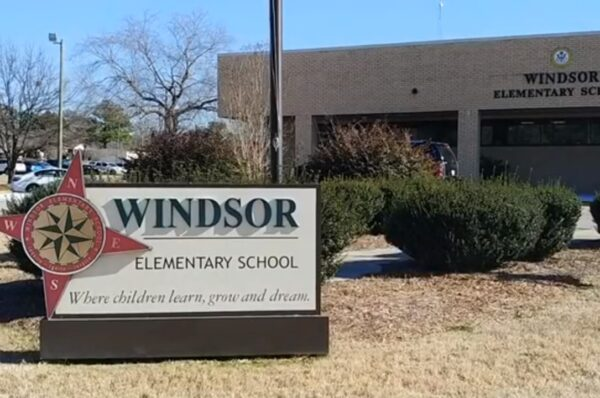 28 years old South-Carolina teacher dies 3 days after contracting Covid-19.